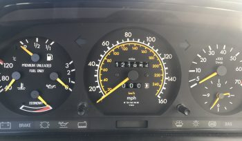 1990 Mercedes-Benz 300 Series E full